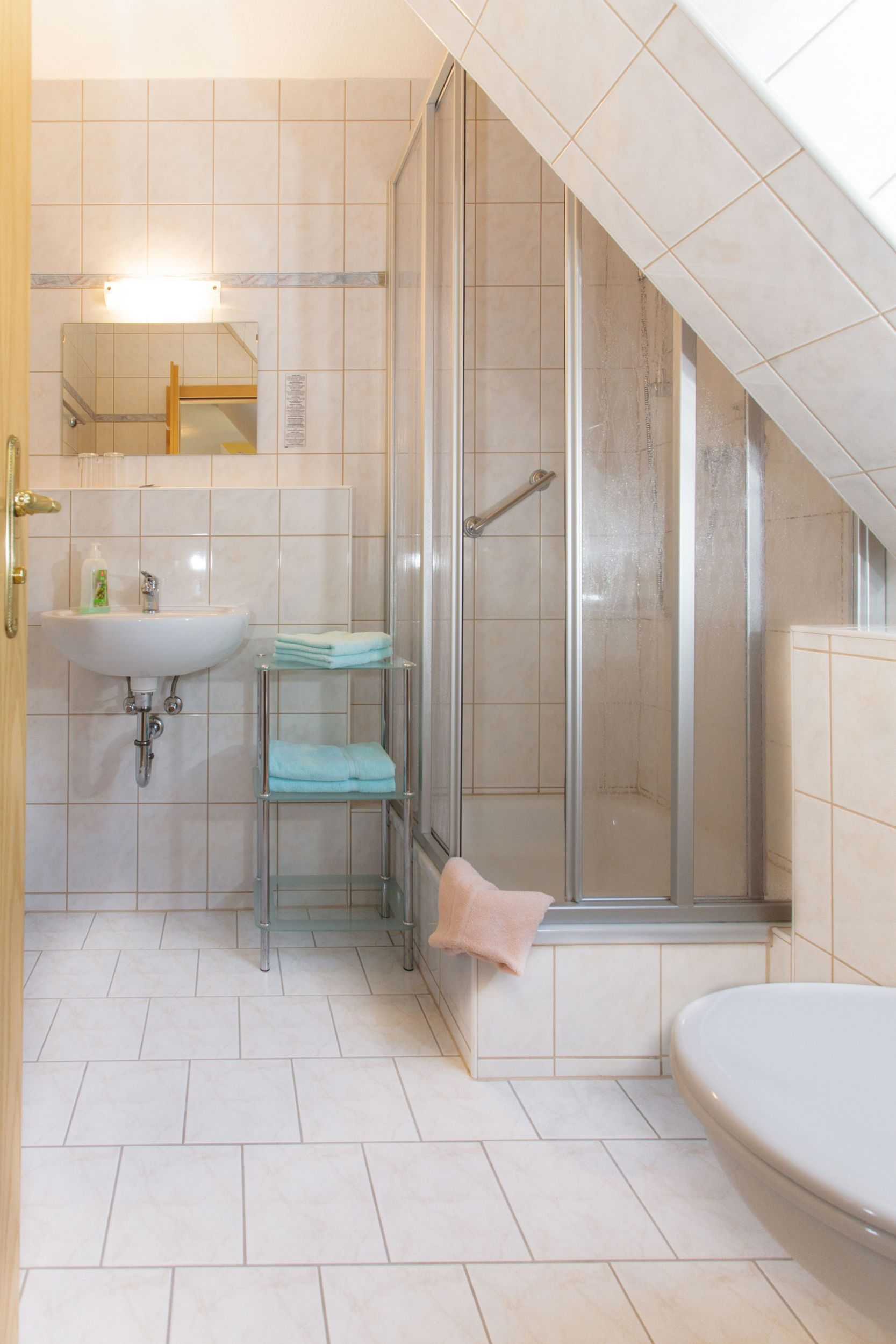 zimmer preise landhotel zum hammer. Black Bedroom Furniture Sets. Home Design Ideas